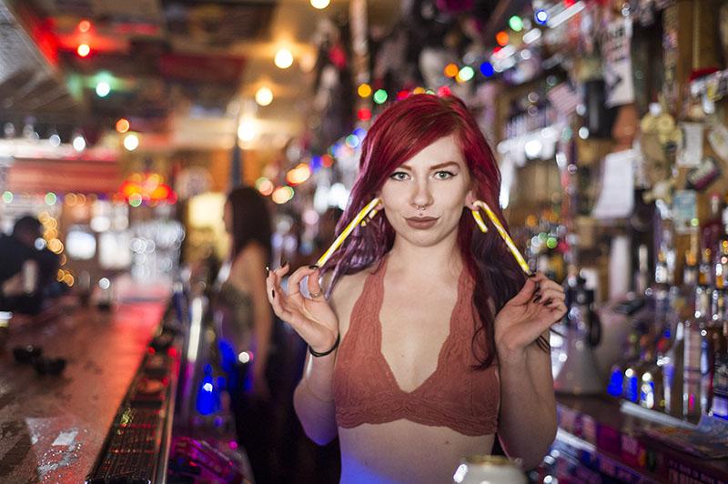 Hogs & Heifers Saloon_Las Vegas_Bartenders_0213a_web