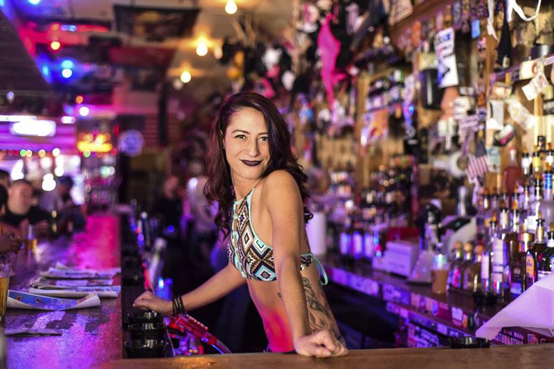 Hogs & Heifers Saloon_Las Vegas_Bartenders_0214
