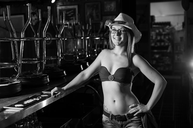 Hogs & Heifers Saloon_Las Vegas_Bartenders_0225