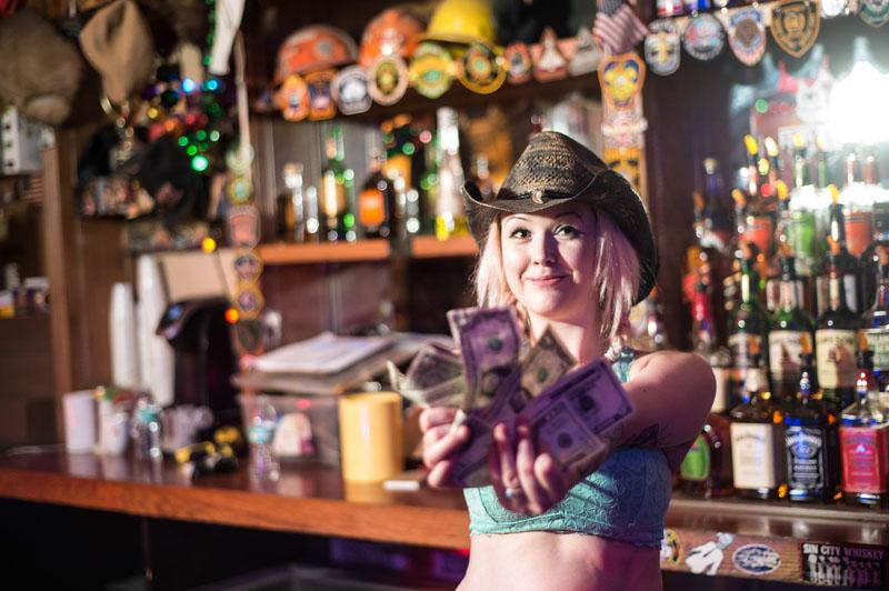Hogs & Heifers Saloon_Las Vegas_Bartenders_0227
