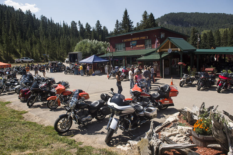 Hogs & Heifers Saloon_Sturgis_0148
