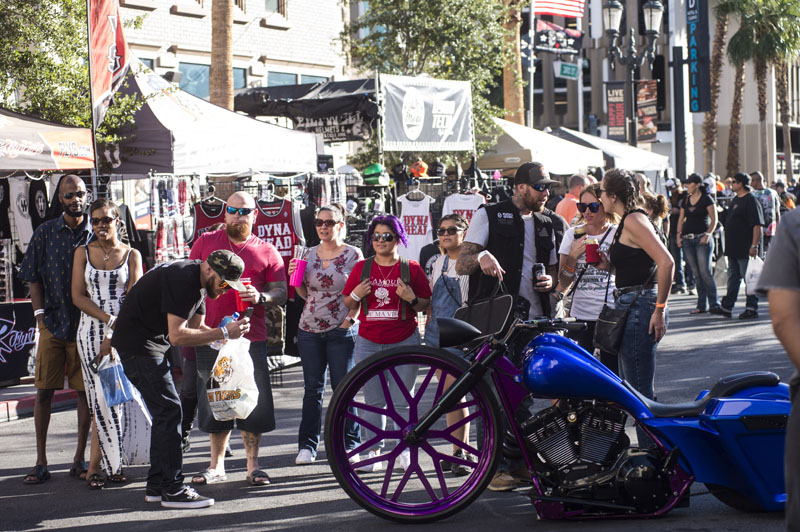 Hogs & Heifers Saloon_Las Vegas Bike Week_1110