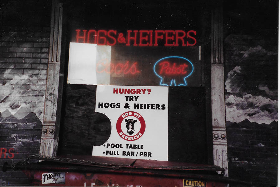 Hogs & Heifers Saloon_New York_400022