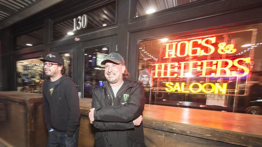 Hogs & Heifers Saloon Las Vegas_004548