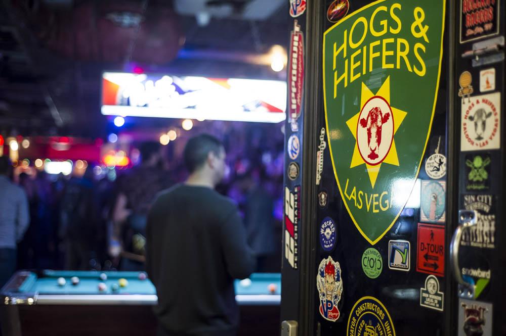Hogs & Heifers Saloon_Pistol Pete_Mint 400_600857