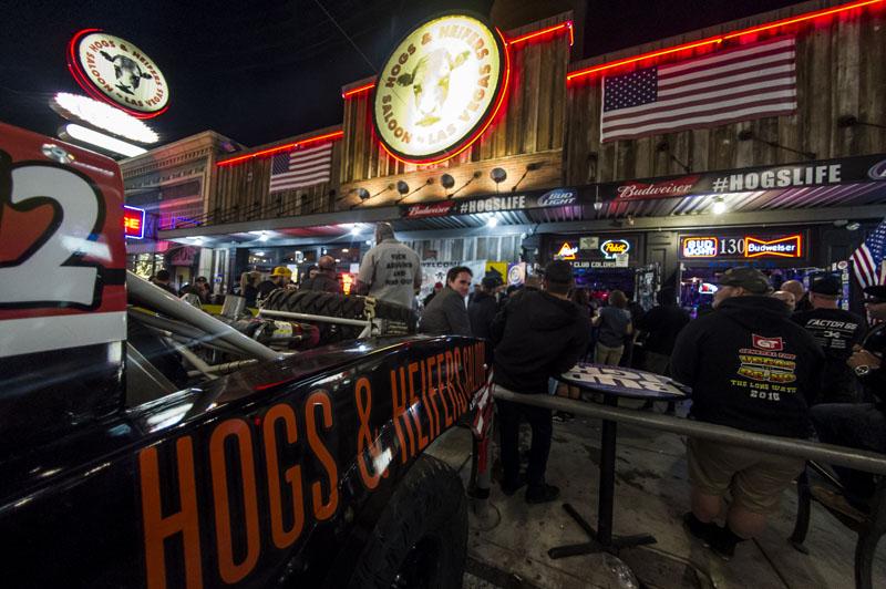 Hogs & Heifers Saloon New York_0116