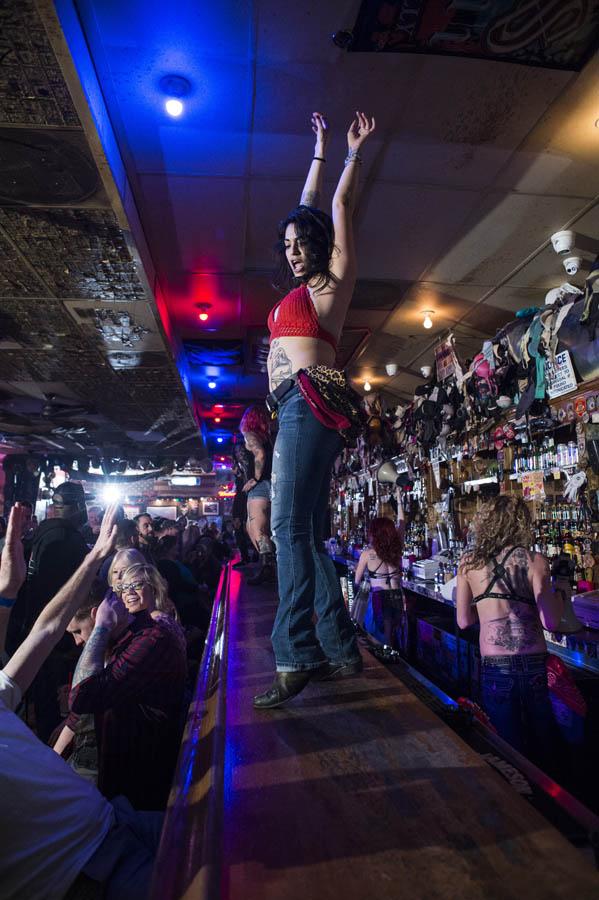 Hogs & Heifers Saloon_Las Vegas_600915
