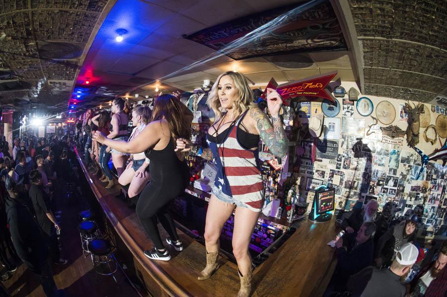 Hogs & Heifers Saloon_Las Vegas_600926