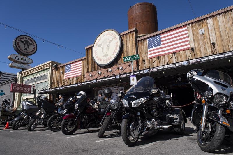 Hogs & Heifers Saloon Las Vegas_690537