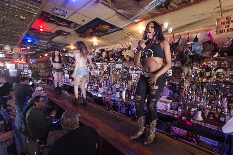Hogs & Heifers Saloon Las Vegas_690622