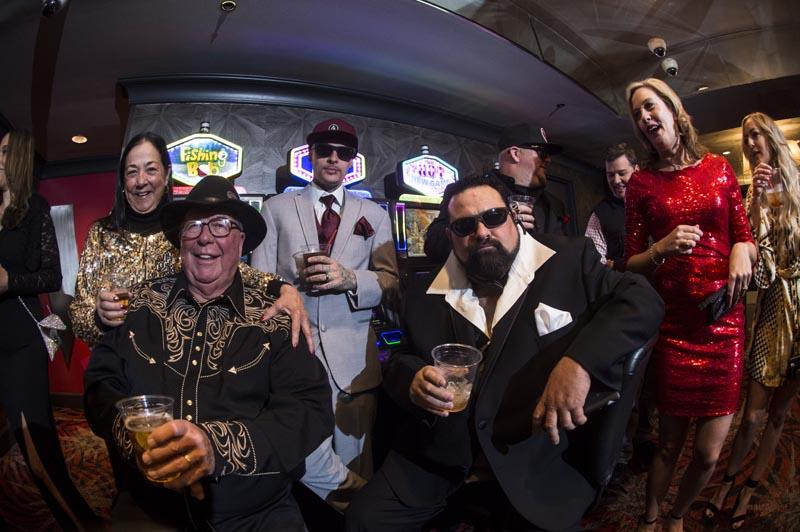 Hogs & Heifers Saloon Las Vegas_Moonshine Bandits_006476