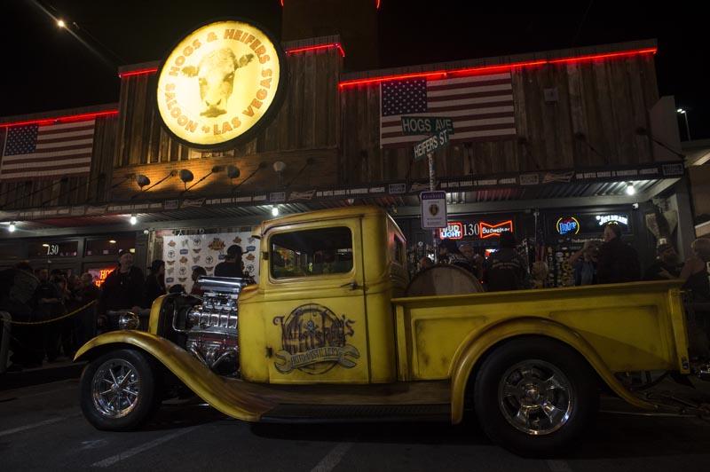 Hogs & Heifers Saloon Las Vegas_Moonshine Bandits_006486