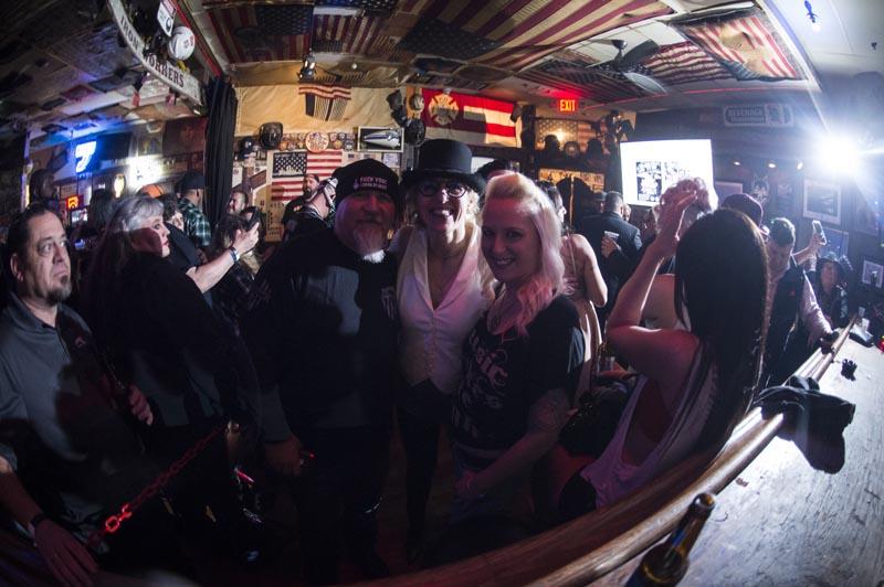 Hogs & Heifers Saloon Las Vegas_Moonshine Bandits_006515