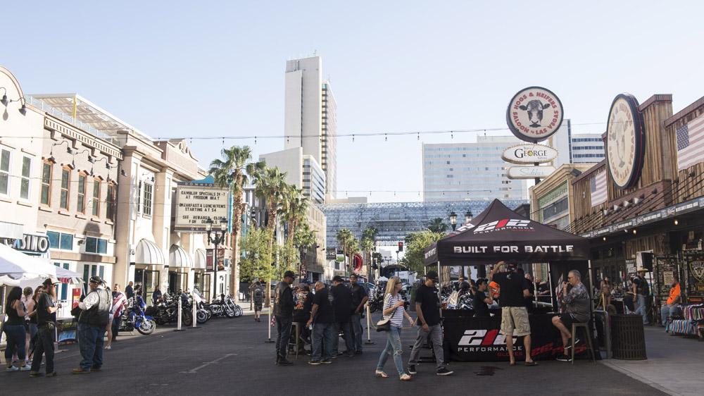 Hogs & Heifers Saloon Las Vegas_Motorcycle Rally_000391