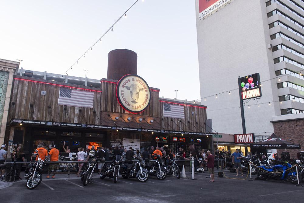 Hogs & Heifers Saloon Las Vegas_Motorcycle Rally_000420