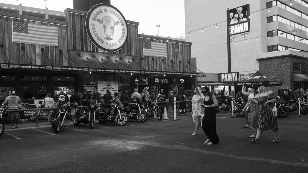 Hogs & Heifers Saloon Las Vegas_Motorcycle Rally_000421