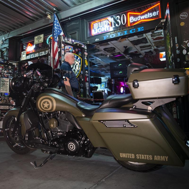 Hogs & Heifers Saloon Las Vegas_Motorcycle Rally_000540