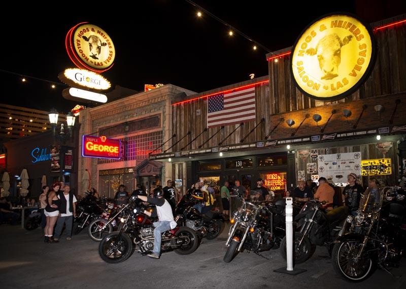 Hogs & Heifers Saloon Las Vegas_Motorcycle Rally_000553