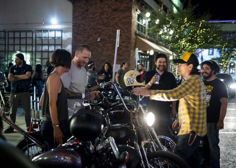 Hogs & Heifers Saloon Las Vegas_Motorcycle Rally_000564