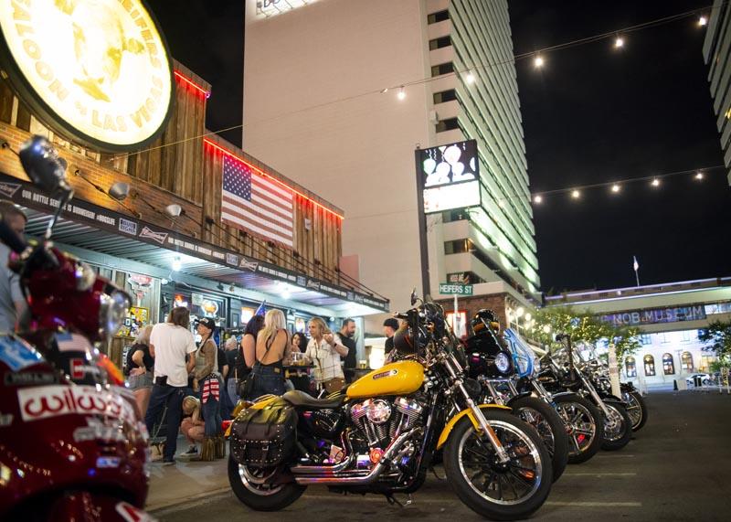 Hogs & Heifers Saloon Las Vegas_Motorcycle Rally_000579