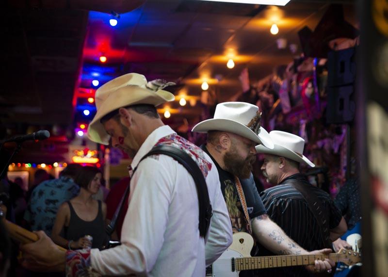Hogs & Heifers Saloon Las Vegas_Motorcycle Rally_000607