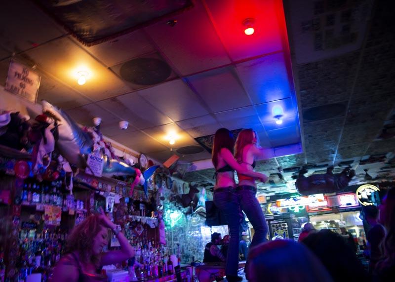 Hogs & Heifers Saloon Las Vegas_Motorcycle Rally_000611