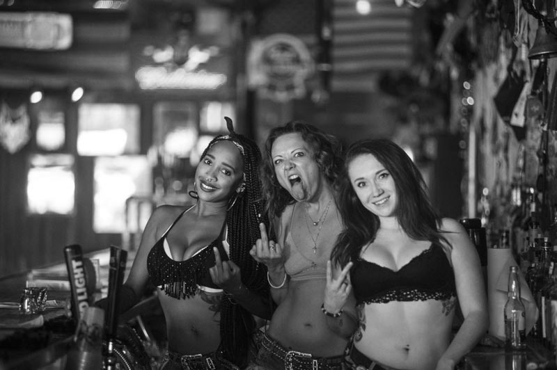 Hogs & Heifers Saloon Bartenders_000886