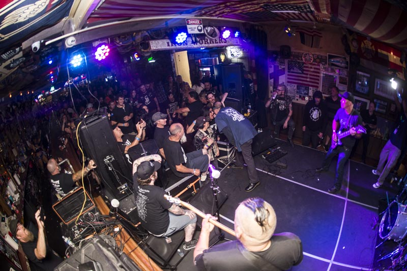 Hogs & Heifers Saloon Punk Rock Bowling_001150