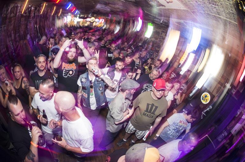 Hogs & Heifers Saloon Punk Rock Bowling_001212