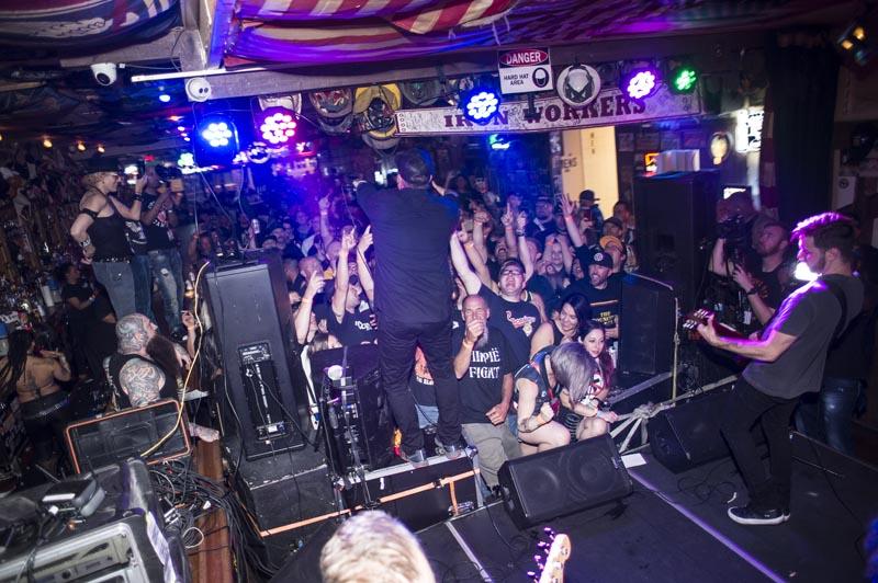 Hogs & Heifers Saloon Punk Rock Bowling_001242