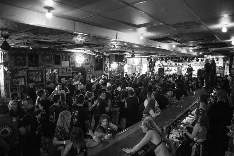 Hogs & Heifers Saloon Punk Rock Bowling_001249