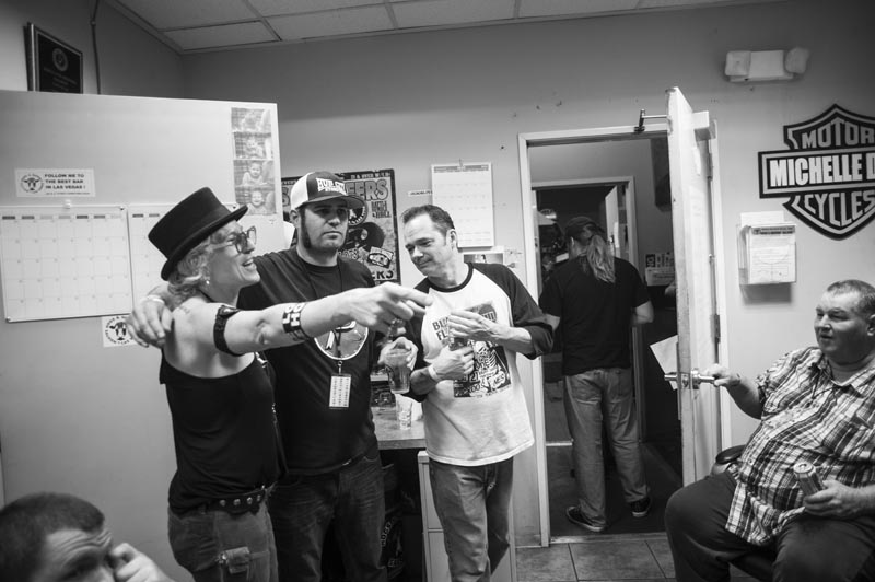 Hogs & Heifers Saloon Punk Rock Bowling_001266