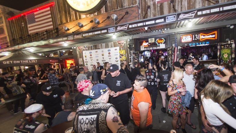 Hogs & Heifers Saloon_Downtown Las Vegas_Punk Rock Hoedown_001776