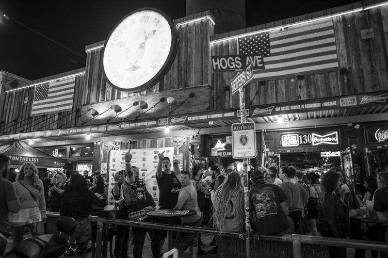 Hogs & Heifers Saloon_Downtown Las Vegas_Punk Rock Hoedown_001778