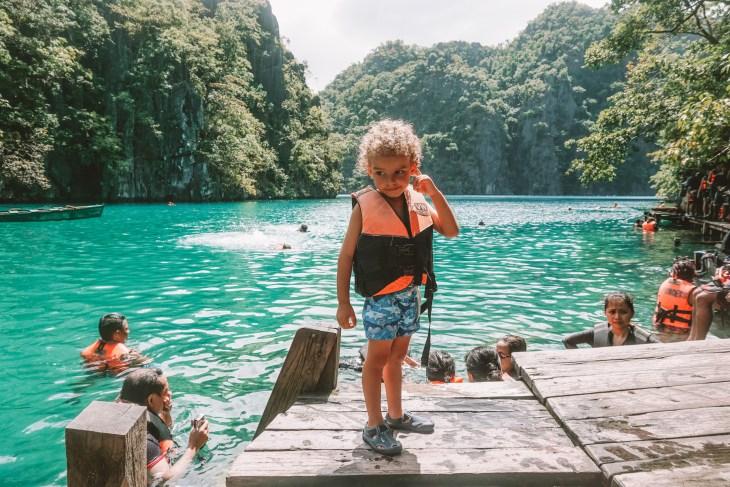 çocukla Filipinler
