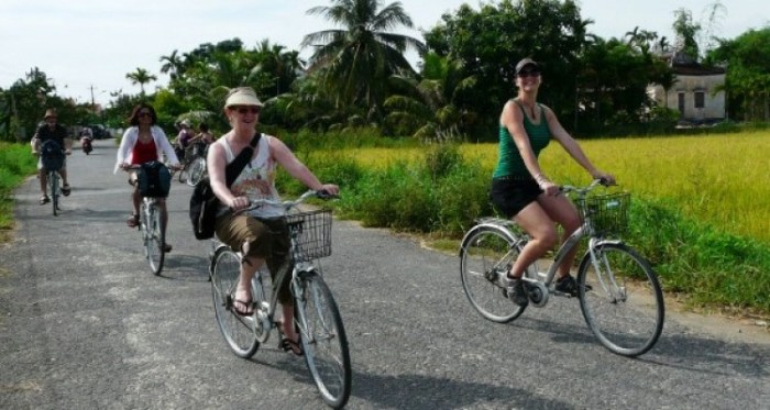 Hoi An countryside exploring on bicycle