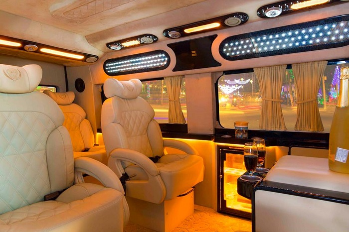 Danang luxury limousine car transfers
