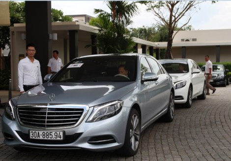 Mr. Tom with Mercedes-Benz S500 2016