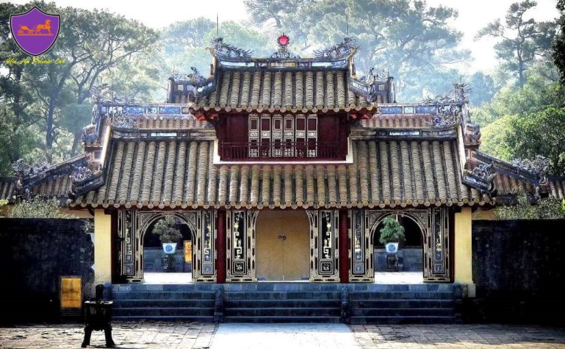 How to travel to Hue- Hoi An Private Car