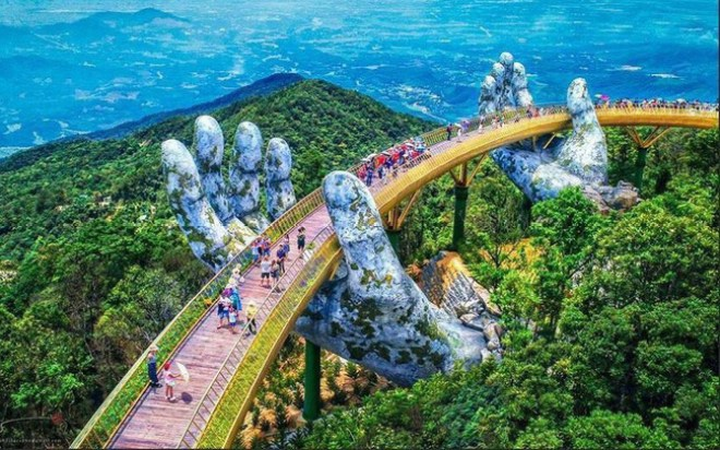 Golden Bridge, Bana Hill, Danang