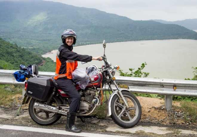 Explore-Hue-City-By-Motorbike-Hoi-An-Private-Car
