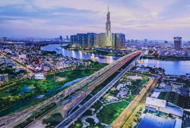 Nha-Trang-To-Saigon-By-Private-Car-Hoi-An-Private-Car-Travel