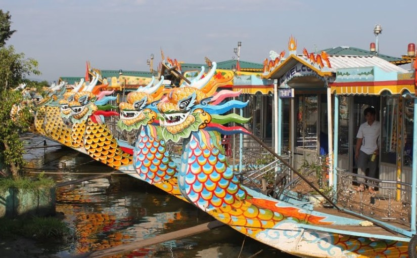 Hue bicycle Tour and boat trip on Perfume River- Hoi An Private Car