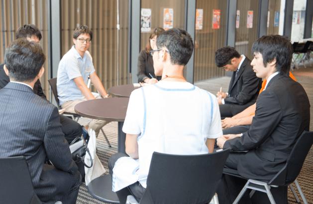 ほいく男子座談会の参加学生を募集しています!