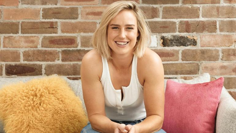Australian cricketer Ellyse Perry Wiki, Age, Biography, Height, and Beautiful Photos 101