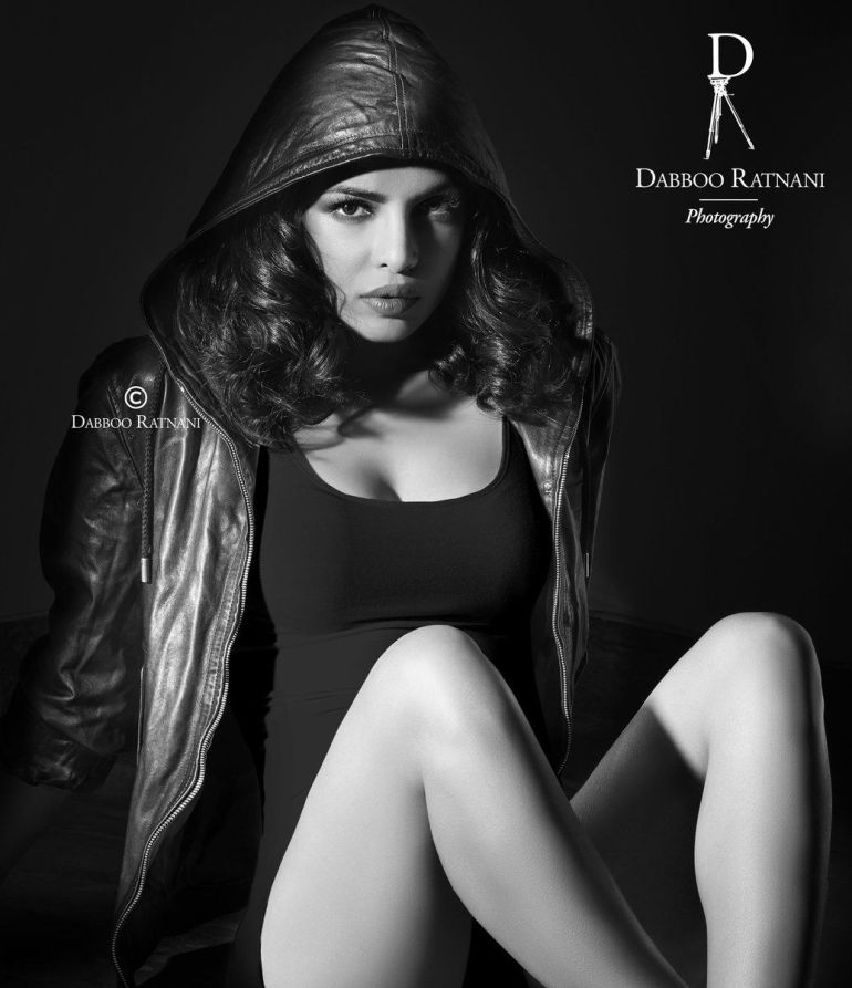 Top 15 Bollywood Actress Topless for The Photo Shoot of Dabboo ratnani calendar 146