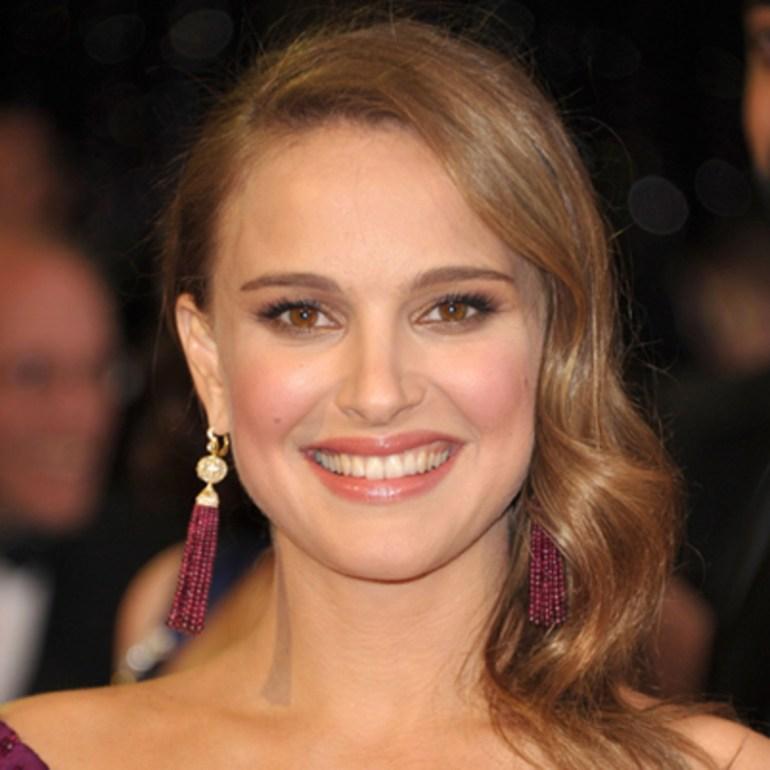 Worlds 10 beautiful women according to Golden Ratio of Beauty Phi Standards 115
