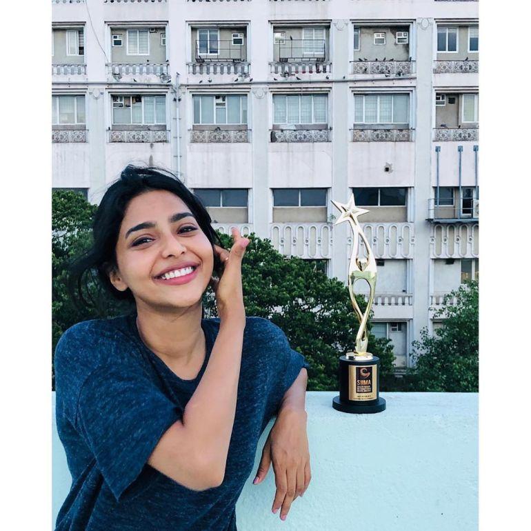Aishwarya Lekshmi Wiki, Biography, Age, Boyfriend, and Beautiful Photos 125