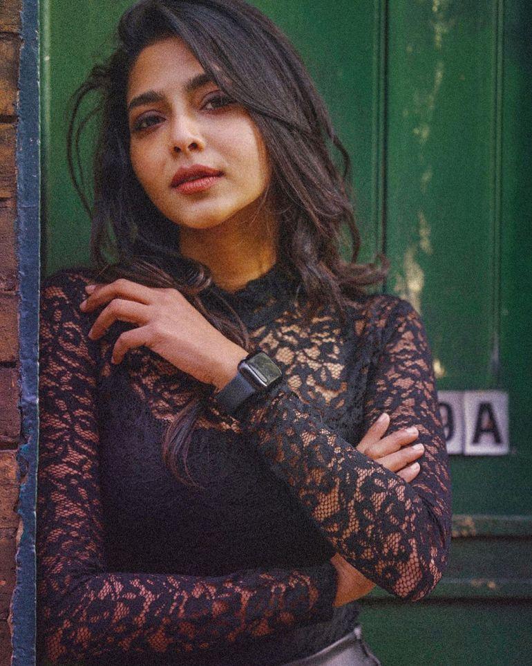Aishwarya Lekshmi Wiki, Biography, Age, Boyfriend, and Beautiful Photos 130