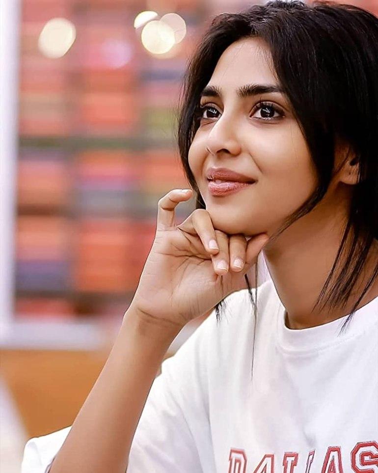 Aishwarya Lekshmi Wiki, Biography, Age, Boyfriend, and Beautiful Photos 149